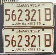 ILLINOIS 1979 TRUCK PAIR