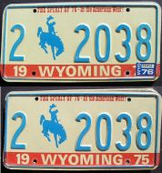 WYOMING 1976 PAIR